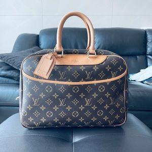 LV Deauville handbag